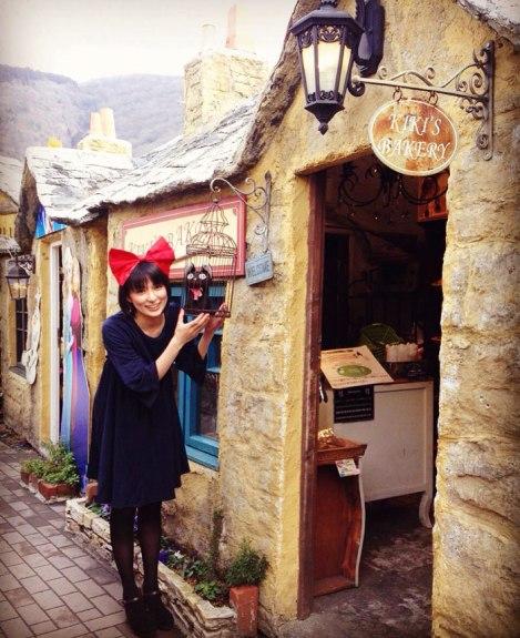 kiki-bakery-studio-ghibli-hayao-miyazaki-yufuin-floral-village-japan-16